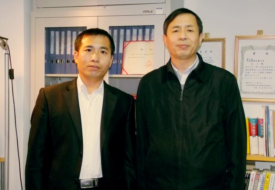 中央民族大学日语系主任蔡凤林教授